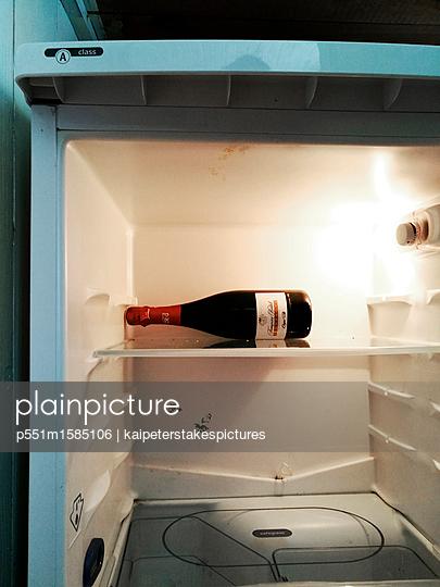 Leerer kühlschrank - p551m1585106 von Kai Peters