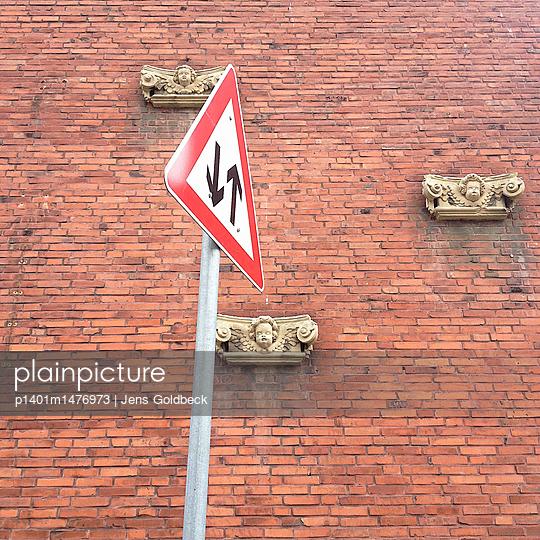 Drei-Engel-Haus - p1401m1476973 von Jens Goldbeck