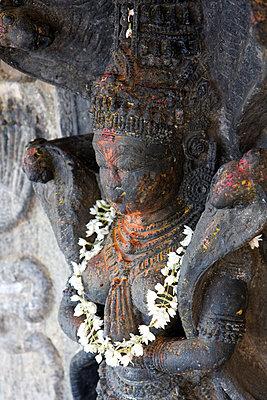 Portrait eines Hindugottes - p9791584 von Heyens