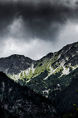 Dark mountains - p248m1051764 by BY