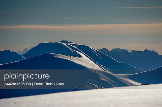 p442m1523969 von Dean Blotto Gray
