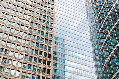 High-rise office buildings in La Défense business district, Paris - p343m989298f by Jason Langley photography