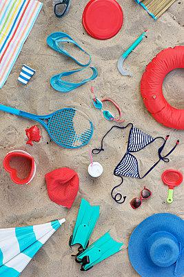 Viel Strandurlaub - p454m1056188 von Lubitz + Dorner