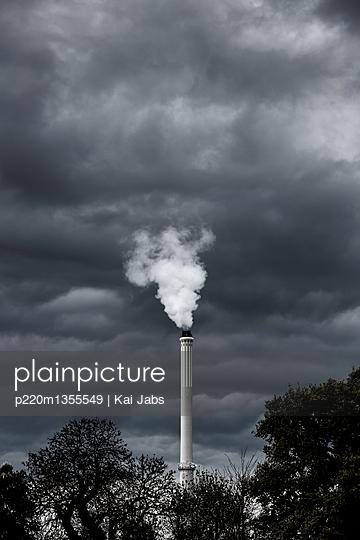 Müllverbrennung - p220m1355549 von Kai Jabs