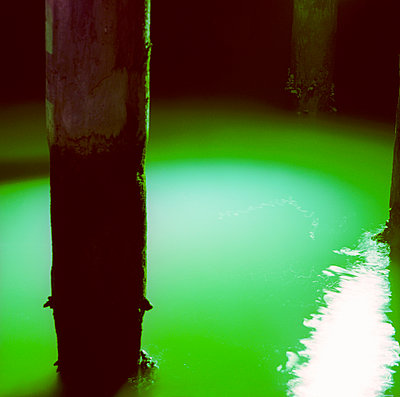 Green water - p913m933834 by LPF
