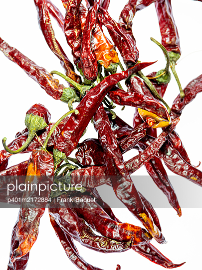 Dried chilli peppers - p401m2172884 by Frank Baquet