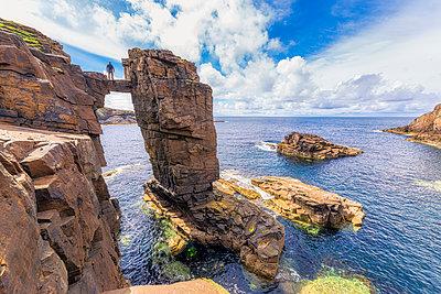 Scotland, Orkney Islands, Mainland, Yesnaby sea stacks - p300m2198902 by Scott Masterton