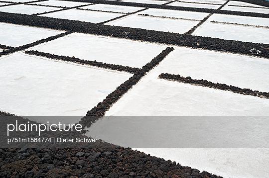 Saline - p751m1584774 von Dieter Schwer