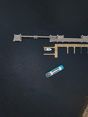 Shlisselburg, Pleasure boat - p1108m2110485 by trubavin