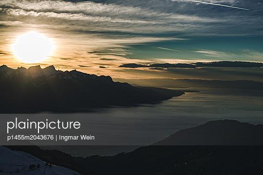 Sonnenuntergang am Genfer See - p1455m2043676 von Ingmar Wein