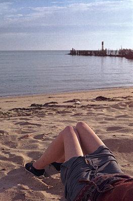 Morgens an der Küste - p1055m934809 von Joseph Charroy