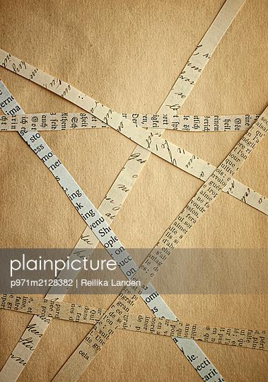 Paper stiripes - p971m2128382 by Reilika Landen