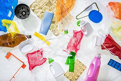 Different plastic waste - p300m2104612 by Werner Dieterich