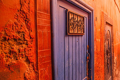 Door in an alley in the Medina, UNESCO World Heritage Site, Marrakech, Morocco, North Africa, Africa - p871m927408 by Neil Emmerson
