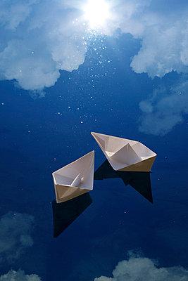 Papierschiffchen - p3300303 von Harald Braun