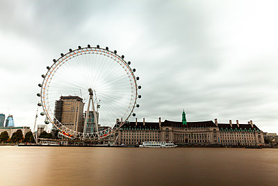 View of London Eye and County Hall - p623m2164958 by Pablo Camacho