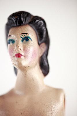 Weiblicher Torso - p611m956587 von Laurence Ladougne