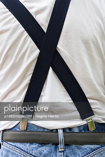 Suspenders - p1682m2291988 by Régine Heintz