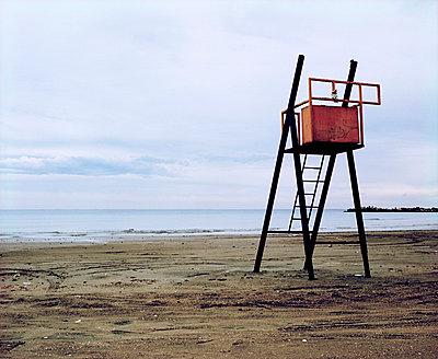 Lifeguard - p6720060 by Vanessa Chambard
