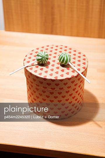 Sweet surprise - p454m2245320 by Lubitz + Dorner