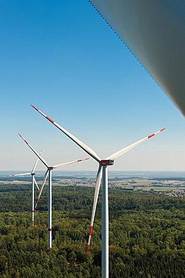 Waldwindpark Zöschingen IV - p1079m880473 von Ulrich Mertens