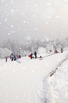 Winterspaß am Feldberg - p470m658651 von Ingrid Michel