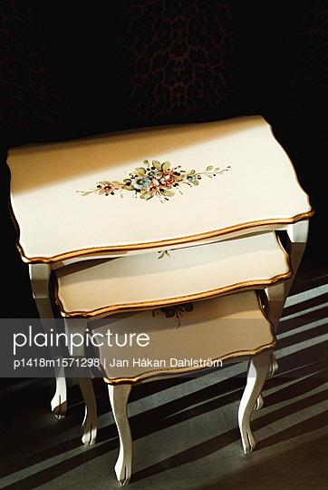 Tischchen - p1418m1571298 von Jan Håkan Dahlström
