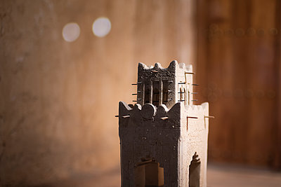 Model of a minaret - p1007m2099078 by Tilby Vattard