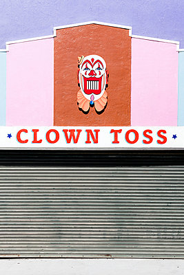 The Clown Toss at the Santa Cruz Boardwalk - p1094m971532 by Patrick Strattner