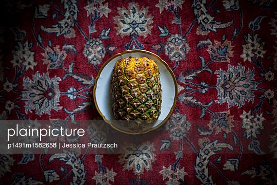 Stillleben Ananas - p1491m1582658 von Jessica Prautzsch