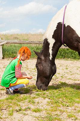 Pipi und ihr Pferd - p045m1158858 von Jasmin Sander
