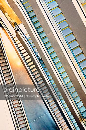 Trepp auf, Trepp ab - p318m982514 von Christoph Eberle