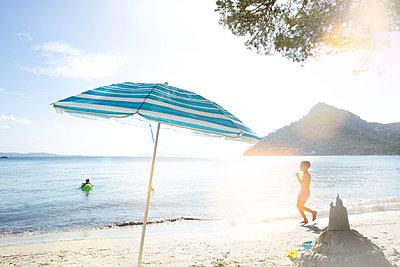 Sommerurlaub - p454m1525741 von Lubitz + Dorner