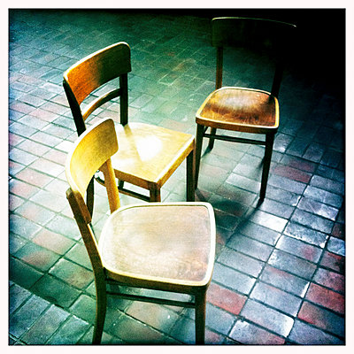 Chairs - p586m780733 by Kniel Synnatzschke