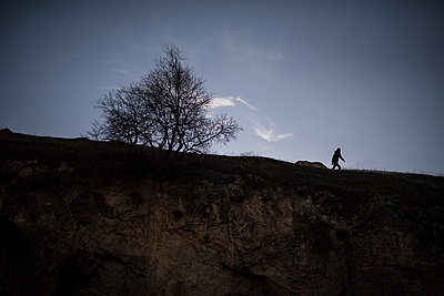Silhouette of a person - p1007m2092408 by Tilby Vattard