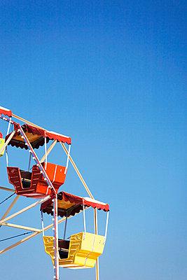 Gondeln am Riesenrad bei Tag - p6090065f von FEST photography