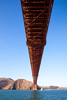 Golden Gate Bridge - p756m891565 von Bénédicte Lassalle