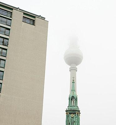 Fog in Berlin - p806m904225 by Levi + Lo