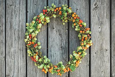 Autumn wreath - p300m1549413 by Anke Scheibe