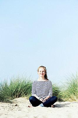 Am Strand - p949m757972 von Frauke Schumann