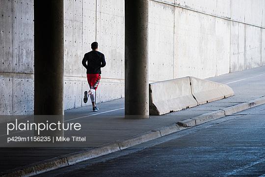 p429m1156235 von Mike Tittel
