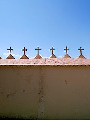 Friedhofszaun - p1021m1468212 von MORA