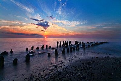 Sonnenuntergang bei Rerik - p974m661478 von Volker Banken