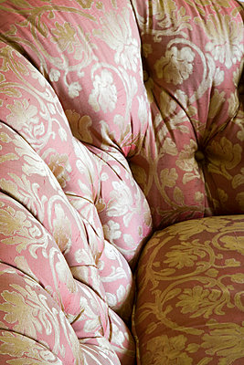 Elegant Pink and Gold Sofa - p5550696f by LOOK Photography