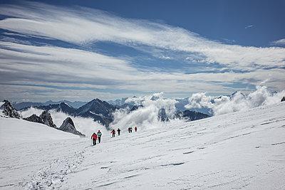 Wandern im Aostatal - p741m2165678 von Christof Mattes