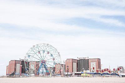 USA, Coney Island, Brooklyn, Vergnügungspark - p1643m2229342 von janice mersiovsky