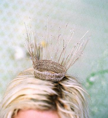 A wedding crown. - p31219270 by Mikael Dubois