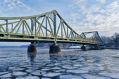 Havel, Glienicke Bridge between Potsdam and Berlin, Brandenburg, Germany - p1316m1422456 by Ulf Böttcher