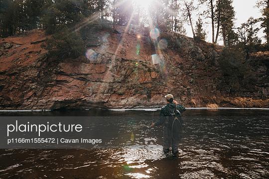 p1166m1555472 von Cavan Images