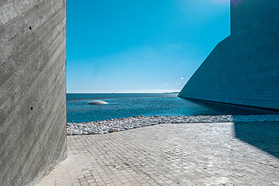 Massive concret structure on the waterfront, Lisbon - p335m2177635 by Andreas Körner